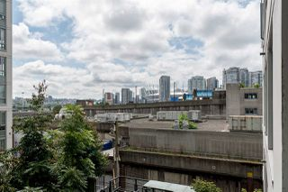 "Photo 13: 718 188 KEEFER Street in Vancouver: Downtown VE Condo for sale in ""188 KEEFER"" (Vancouver East)  : MLS®# R2480366"