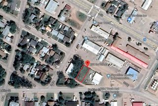 Photo 1: 230 3rd Street in Estevan: Eastend Commercial for sale : MLS®# SK831917