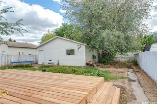 Photo 2: 3901 Diefenbaker Drive in Saskatoon: Pacific Heights Residential for sale : MLS®# SK834737
