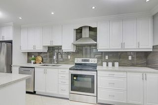 Photo 17: 335 Chester Le Boulevard in Toronto: L'Amoreaux House (Bungalow-Raised) for sale (Toronto E05)  : MLS®# E5069013