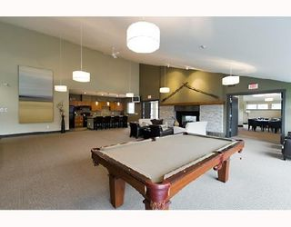 "Photo 15: 104 500 KLAHANIE Drive in Port Moody: Port Moody Centre Condo for sale in ""TIDES"" : MLS®# V939597"