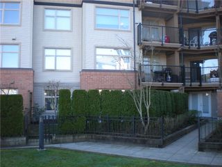 "Photo 8: 104 500 KLAHANIE Drive in Port Moody: Port Moody Centre Condo for sale in ""TIDES"" : MLS®# V939597"