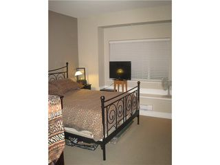 """Photo 7: 102 5211 IRMIN Street in Burnaby: Metrotown Condo for sale in """"Royal Garden"""" (Burnaby South)  : MLS®# V941010"""