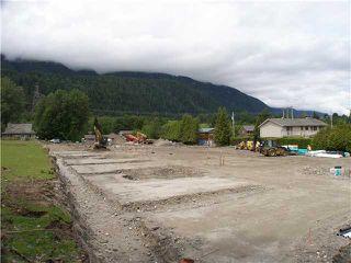"Photo 8: SL14 41488 BRENNAN Road in Squamish: Brackendale House 1/2 Duplex for sale in ""RIVENDALE"" : MLS®# V948098"