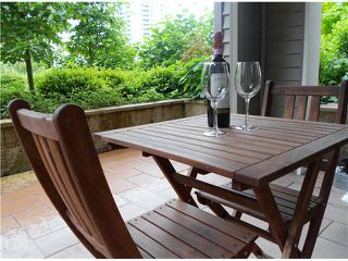 "Photo 8: 107 2088 BETA Avenue in Burnaby: Brentwood Park Condo for sale in ""MEMENTO"" (Burnaby North)  : MLS®# V956831"