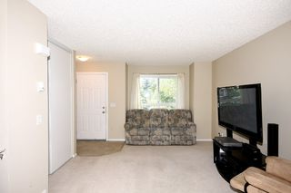 Photo 5: 6 Erin Woods Court SE in Calgary: Erinwoods House for sale : MLS®# C3531056