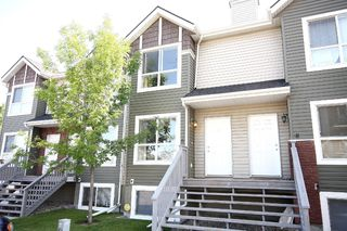 Photo 1: 6 Erin Woods Court SE in Calgary: Erinwoods House for sale : MLS®# C3531056
