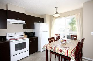 Photo 12: 6 Erin Woods Court SE in Calgary: Erinwoods House for sale : MLS®# C3531056