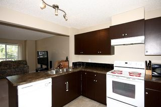 Photo 14: 6 Erin Woods Court SE in Calgary: Erinwoods House for sale : MLS®# C3531056