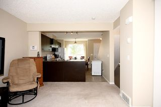 Photo 9: 6 Erin Woods Court SE in Calgary: Erinwoods House for sale : MLS®# C3531056