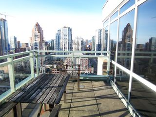 Photo 3: # 2302 212 DAVIE ST in Vancouver: Yaletown Condo for sale (Vancouver West)  : MLS®# V983040