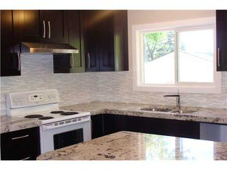 Photo 5: 4715 MEMORIAL Drive SE in CALGARY: Forest Heights Residential Detached Single Family for sale (Calgary)  : MLS®# C3572024