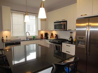 Photo 3: 81 34248 King Road in ABBOTSFORD: Townhouse for rent (Abbotsford)