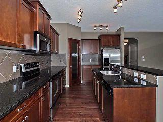 Photo 3: 118 Aspen Hills Drive SW in Calgary: Aspen Woods House for sale : MLS®# C3606583