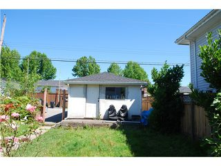 Photo 5: 4455 NAPIER Street in Burnaby: Willingdon Heights House for sale (Burnaby North)  : MLS®# V1075096