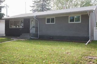 Photo 1: 857 Borebank Street in Winnipeg: Single Family Detached for sale : MLS®# 1424441