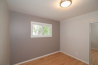 Photo 13: 857 Borebank Street in Winnipeg: Single Family Detached for sale : MLS®# 1424441