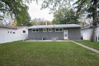 Photo 24: 857 Borebank Street in Winnipeg: Single Family Detached for sale : MLS®# 1424441