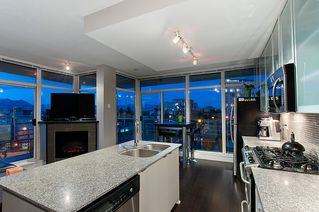 Photo 4: #409-298 E 11th. in Vancouver: Mount Pleasant VW Condo for sale (Vancouver West)  : MLS®# v1029876
