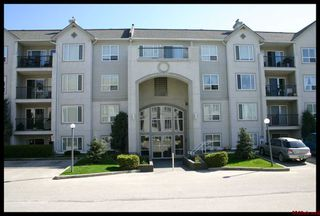 Photo 21: 401 650 Southwest 3 Street in Salmon Arm: Cambridge Court House for sale (Downtown Salmon Arm)  : MLS®# 10096495