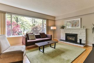 Photo 3: 249 E 46 Avenue in Vancouver: Main House for sale (Vancouver East)  : MLS®# R2061500