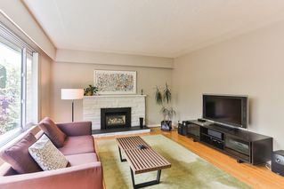 Photo 4: 249 E 46 Avenue in Vancouver: Main House for sale (Vancouver East)  : MLS®# R2061500