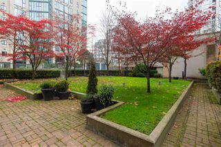 Photo 19: 2103 1188 RICHARDS STREET in Vancouver: Yaletown Condo for sale (Vancouver West)  : MLS®# R2330649