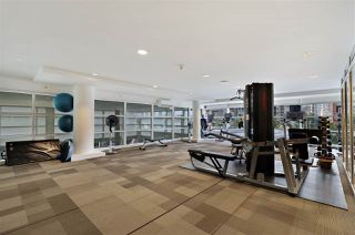 """Photo 18: 504 1139 W CORDOVA Street in Vancouver: Coal Harbour Condo for sale in """"Two Harbor Green"""" (Vancouver West)  : MLS®# R2398290"""