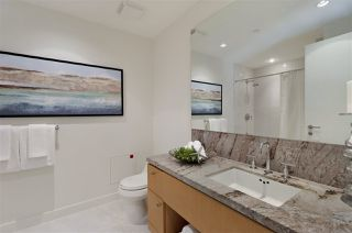 """Photo 15: 504 1139 W CORDOVA Street in Vancouver: Coal Harbour Condo for sale in """"Two Harbor Green"""" (Vancouver West)  : MLS®# R2398290"""