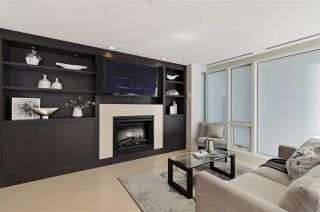 """Photo 9: 504 1139 W CORDOVA Street in Vancouver: Coal Harbour Condo for sale in """"Two Harbor Green"""" (Vancouver West)  : MLS®# R2398290"""