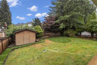 Photo 11: 15888 101A Avenue in Surrey: Guildford House for sale (North Surrey)  : MLS®# R2399116