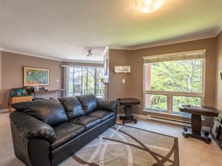 """Photo 4: 303 1230 QUAYSIDE Drive in New Westminster: Quay Condo for sale in """"TIFFANY SHORES"""" : MLS®# R2423059"""