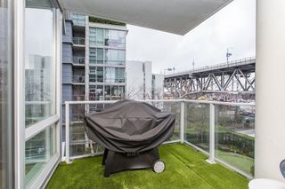 "Photo 10: 503 638 BEACH Crescent in Vancouver: Yaletown Condo for sale in ""Icon"" (Vancouver West)  : MLS®# R2430003"