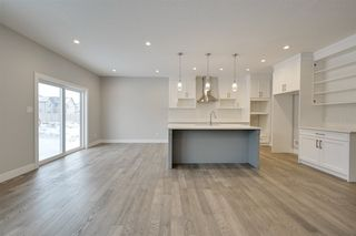 Photo 7: 9103 181 Avenue in Edmonton: Zone 28 House for sale : MLS®# E4187657