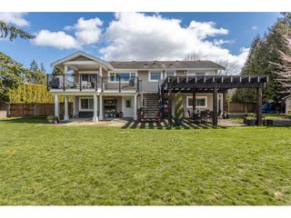 "Photo 17: 7935 227 Crescent in Langley: Fort Langley House for sale in ""FOREST KNOLLS"" : MLS®# R2449404"