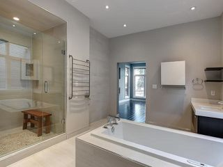 Photo 14: 8705 105 Street in Edmonton: Zone 15 House Half Duplex for sale : MLS®# E4196272