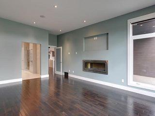 Photo 11: 8705 105 Street in Edmonton: Zone 15 House Half Duplex for sale : MLS®# E4196272