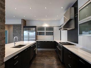 Photo 3: 8705 105 Street in Edmonton: Zone 15 House Half Duplex for sale : MLS®# E4196272