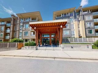 "Main Photo: 407 2665 MOUNTAIN Highway in North Vancouver: Lynn Valley Condo for sale in ""Canyon Springs"" : MLS®# R2475705"