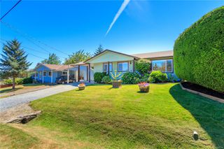 Photo 2: 563 Nova St in : Na South Nanaimo Single Family Detached for sale (Nanaimo)  : MLS®# 850294