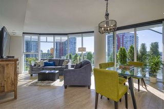 "Photo 4: 484 87 NELSON Street in Vancouver: Yaletown Condo for sale in ""THE ARC"" (Vancouver West)  : MLS®# R2498680"