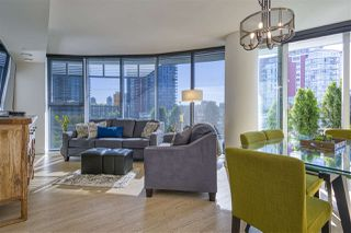 "Photo 5: 484 87 NELSON Street in Vancouver: Yaletown Condo for sale in ""THE ARC"" (Vancouver West)  : MLS®# R2498680"