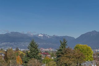 """Photo 19: 551 1432 KINGSWAY in Vancouver: Knight Condo for sale in """"KING EDWARD VILLAGE"""" (Vancouver East)  : MLS®# R2512307"""