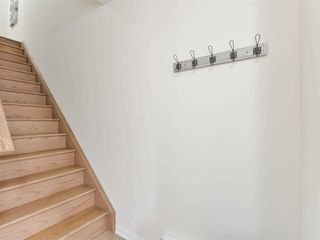 Photo 6: 27 Reichert Court in Milton: Willmont House (3-Storey) for sale : MLS®# W4971581