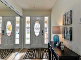 Photo 3: 27 Reichert Court in Milton: Willmont House (3-Storey) for sale : MLS®# W4971581
