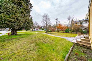 "Photo 4: 738 FIFTH Street in New Westminster: GlenBrooke North House for sale in ""GLENBROOKE NORTH"" : MLS®# R2528066"