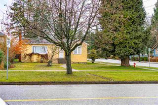"Photo 1: 738 FIFTH Street in New Westminster: GlenBrooke North House for sale in ""GLENBROOKE NORTH"" : MLS®# R2528066"