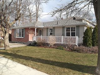 Photo 1: 73 Dearham Wood in Toronto: Guildwood House (Bungalow) for sale (Toronto E08)  : MLS®# E2595547