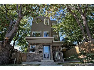 Photo 1: 3837 Parkhill Street SW in CALGARY: Parkhill_Stanley Prk Residential Detached Single Family for sale (Calgary)  : MLS®# C3583473