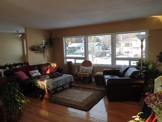 Photo 7: 647 Sunvalley Drive in Kamloops: Westsyde House for sale : MLS®# 119848